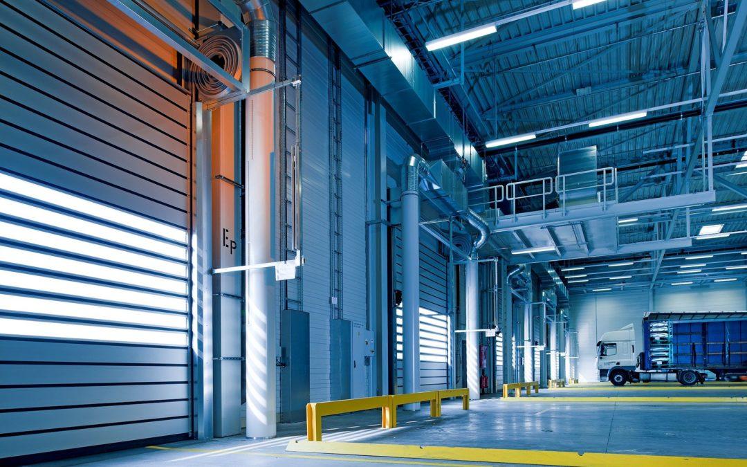 Zadbaj o swoich pracowników, zainstaluj wentylatory przemysłowe